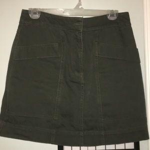 Green H&M skirt